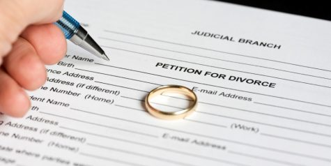 Are attractive people more likely to get a divorce?