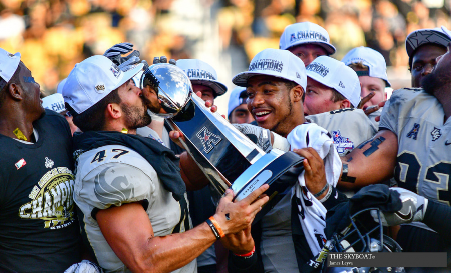 UCF+when+they+won+the+Peach+Bowl%2C+completing+their+undefeated+season.