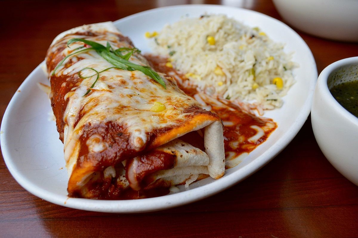 Picture provided by https://upload.wikimedia.org/wikipedia/commons/thumb/4/46/Burrito_with_rice.jpg/1200px-Burrito_with_rice.jpg