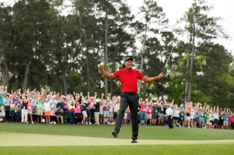After+11+years%2C+Tiger+Woods+is+back+on+top+of+the+golf+world.