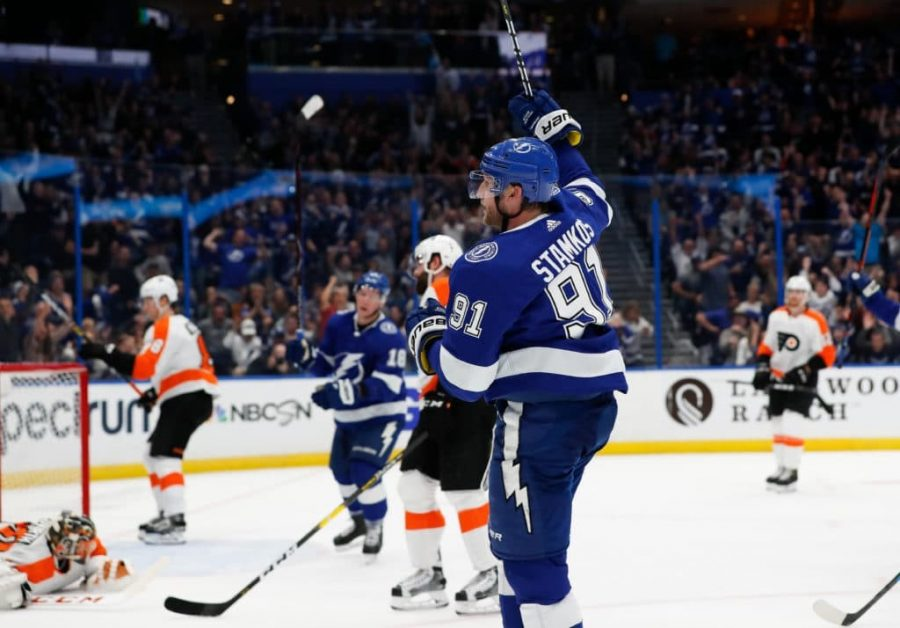 Stamkos celebrates a goal against the Flyers.