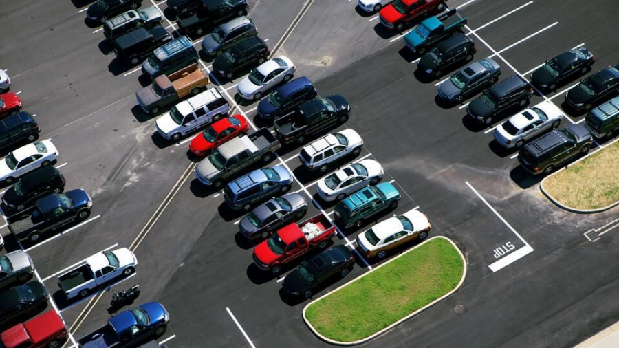 To all the sophomores and juniors: be sure to park in your own spot this year.